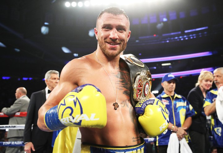 lomachenko linares fight 18
