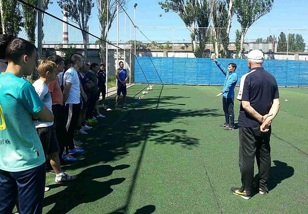 Футбол В Одессе начала обучение очередная группа слушателей по  14